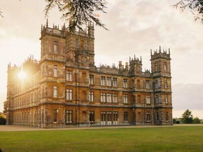 Aspiring Lords and Ladies: you can now spend the night at 'Downton Abbey' castle