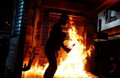 Hong Kong rioters SET MAN ON FIRE for not backing anti-China protests