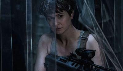 Alien: Covenant Prologue Lays The Movie's Groundwork With Partying And Good Conversation