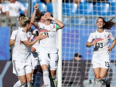 Still-growing Germany dominates South Africa in Women's World Cup