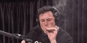 Elon Musk gets high and dreams of electric planes on the Joe Rogan Podcast