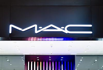 There's a Crazy Sale Happening at MAC Right Now