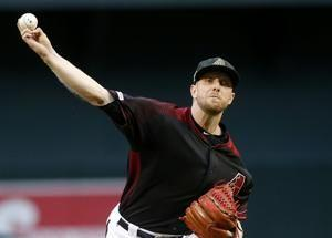 Escobar's 3-run triple helps Diamondbacks beat Giants 7-0