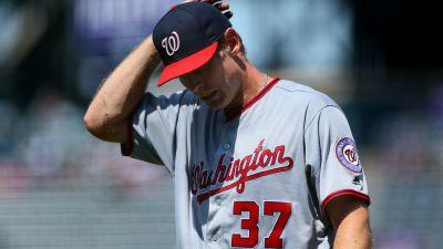 Nationals pull Stephen Strasburg after two innings with apparent injury