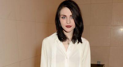 Frances Bean Cobain Posts a Letter to Dad Kurt on His 50th Birthday