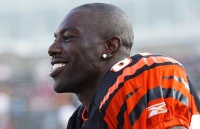 Hall of Famer Terrell Owens considers return to football in CFL: report