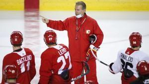Flames fire coach Geoff Ward, replace him with Darryl Sutter
