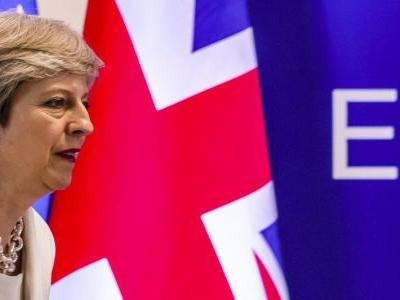 Theresa May will today be offered a choice between a no-deal Brexit or a long delay