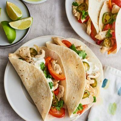 How To Make Fast & Flavorful Chicken Fajitas