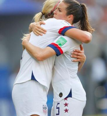 U.S. women to face perhaps biggest threat in France in quarterfinals
