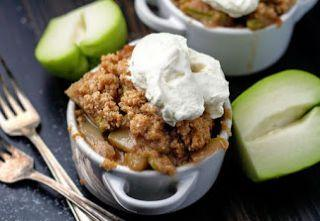 "Low-Carb & Keto Chayote ""Apple"" Crisp"
