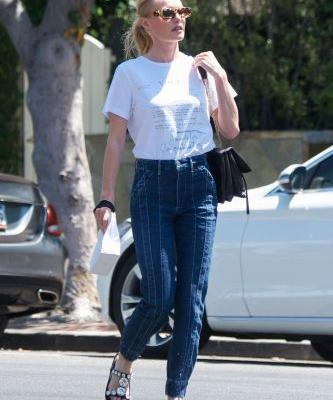 5 Celebs Show Us How to Amp Up Jeans-and-Tee Outfits