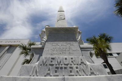 Tampa teams dedicate funds to remove Confederate monument