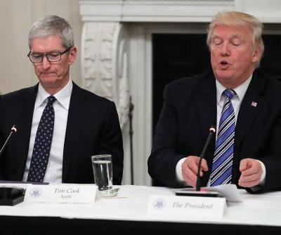 Tim Cook slated to meet with Trump