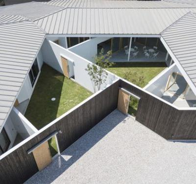 House and Office in Hofu / Tato Architects