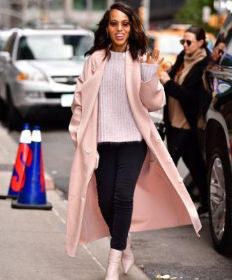 How Kerry Washington Took a Millennial Pink Trench Coat from Day to Night