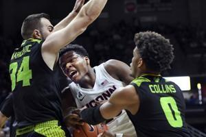 Vital, Bouknight lead UConn to 78-71 win over South Florida