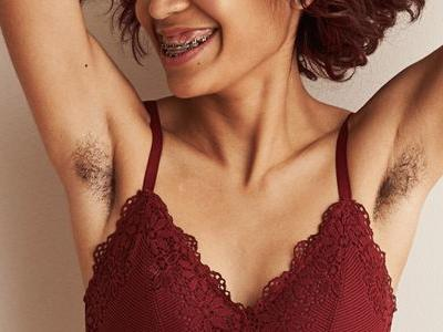 Aerie's Latest Campaign Features Women in Wheelchairs, With Colostomy Bags and More