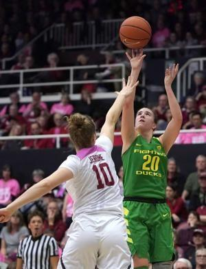 Ionescu leads Oregon women to 40-point rout of Stanford