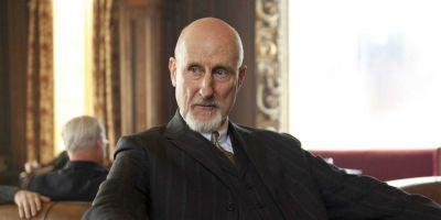 Jurassic World 2 Cast Adds James Cromwell