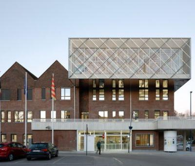 Kontich City Hall / plusoffice architects