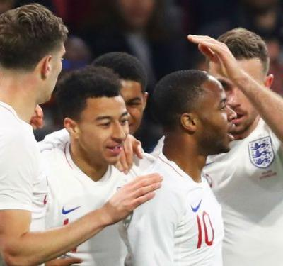 Netherlands 0 England 1: Lingard strikes to ruin Koeman's debut