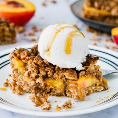 Peach Crisp Crumble Bars