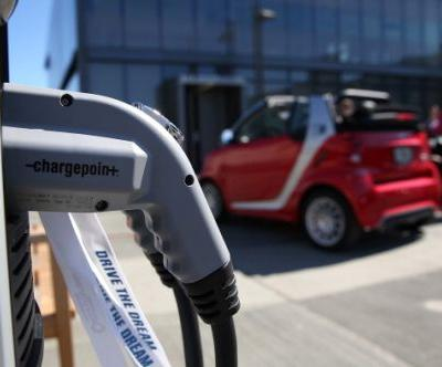 Wireless Charging on the Road for Electric Vehicle Batteries? Ex-NASA Scientist's Aim Coming to Reality