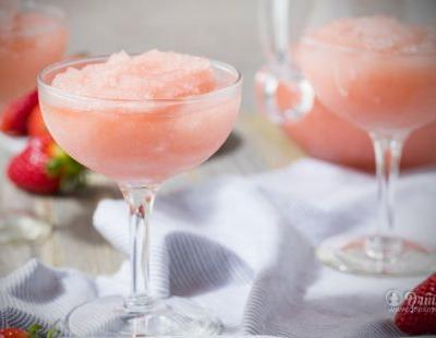 Six Sexy Galentine Cocktails