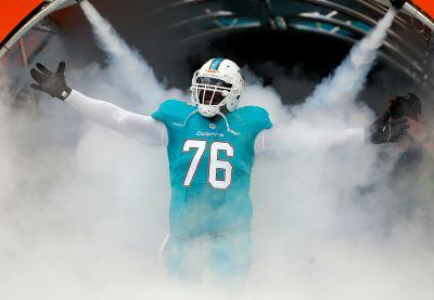 Dolphins release Branden Albert, allowing Laremy Tunsil's to move to tackle