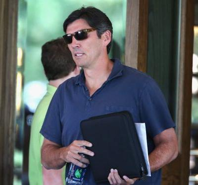 Oath CEO Tim Armstrong is stepping down in October