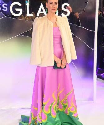 I Don't Know Why Sarah Paulson's Wearing a Pink Dress with Green Flames, but I Do Know I Love It