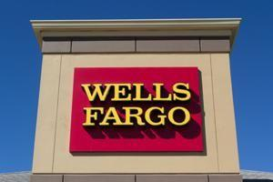 Flagstar Bank buys 52 Wells Fargo retail branches in 3 states