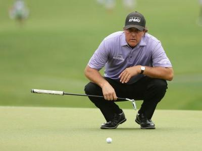 Mickelson cards bogey-free 64 in Round 3 of Wells Fargo Championship
