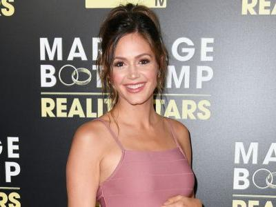 'Bachelorette' Desiree Hartsock Proudly Shows Off Post-Baby Body With Inspiring Message For Fellow Moms
