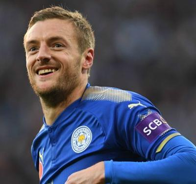Leicester star Vardy signs new four-year contract