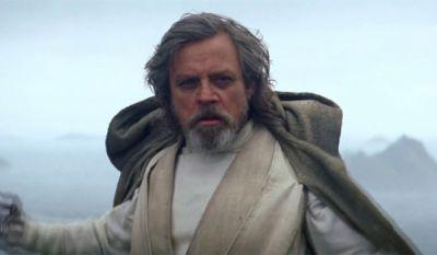 Mark Hamill Pokes Fun At J.J. Abrams In A Hashtag-Heavy Force Awakens Photo