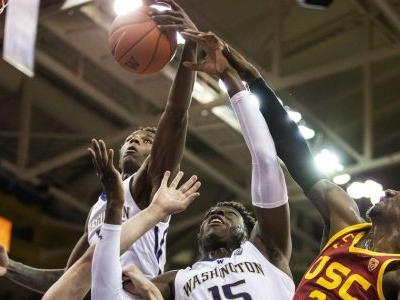 Washington boosts dominance in Pac-12 with savvy effort against USC