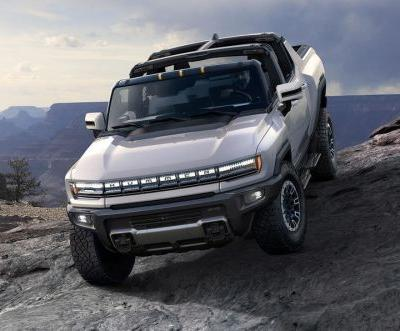GMC Hummer Truck EV Revealed With 986 HP and Over 15,000 Nm of Torque