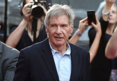 Harrison Ford Is Pretty Fucking Far From The Best Pilot In The Galaxy