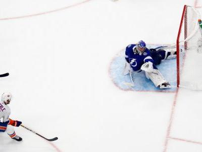 Islanders' Jordan Eberle scores another big goal; 2OT tally forces Game 6 vs. Lightning