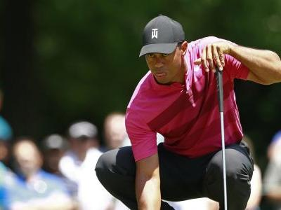 Woods struggles with greens in first round since Masters