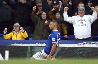 Chelsea's top-4 hopes hit with 2-0 loss at Everton in EPL