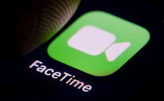 Apple grovels over FaceTime bug as it delays fix until this week