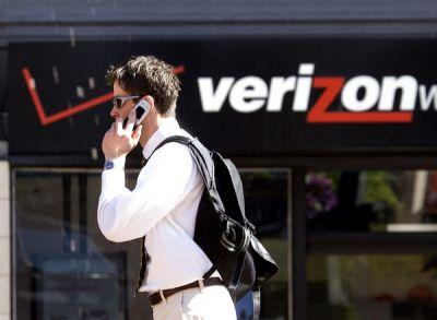 Verizon jumps into unlimited wireless data game