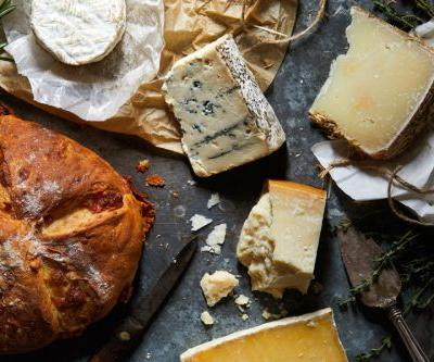 Cheese for baking in bread: which ones to choose