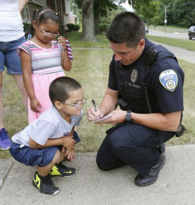 Ticket and lick it: Akron police handing out tickets for free ice cream to kids they see doing the right thing