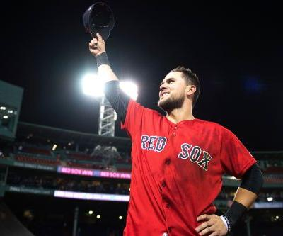 Red Sox avoid ugly loss thanks to this non-superhero