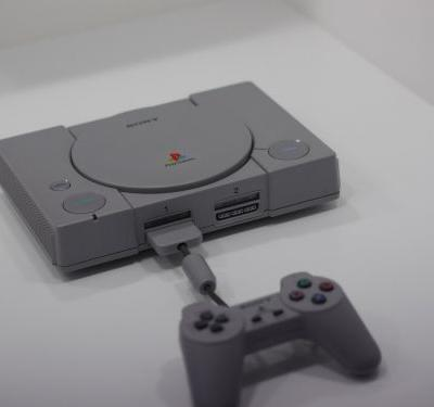 We've got some new up-close pictures of the PlayStation Classic at TGS