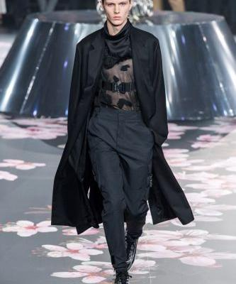 Dior Men Shows Pre-Fall '19 Collection in Tokyo